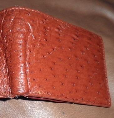 830e748bd Cartera Para Caballero En Piel Avestruz Color Cedro. - $ 450.00 en ...