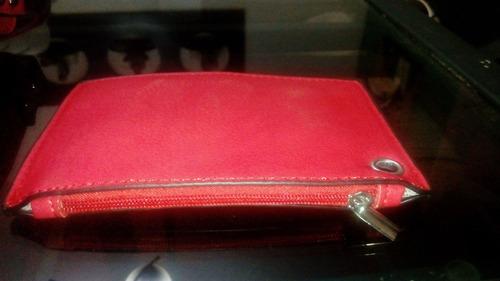 cartera roja black rivet cuero (nueva)