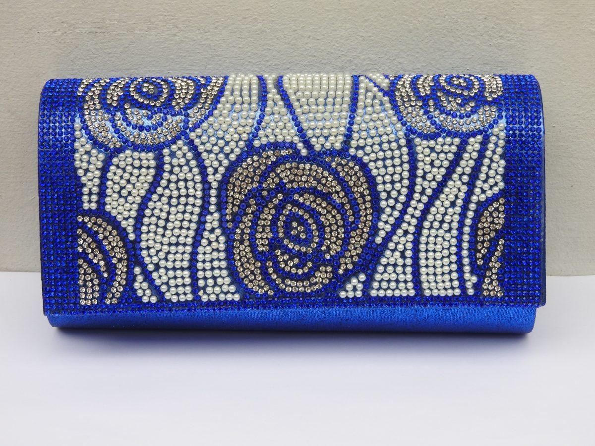 af14f7540 Cartera Sobre Azul De Fiesta Con Perlitas Y Strass - $ 470,00 en ...