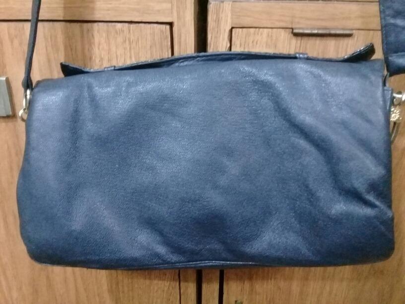 fa23baf2b Cartera Sobre Azul Oscuro Con Distintos Cueros - $ 600,00 en Mercado ...