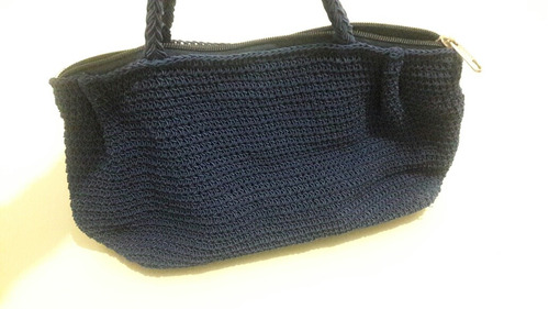 cartera tejida color azul