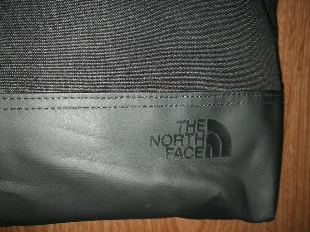 north face cartera