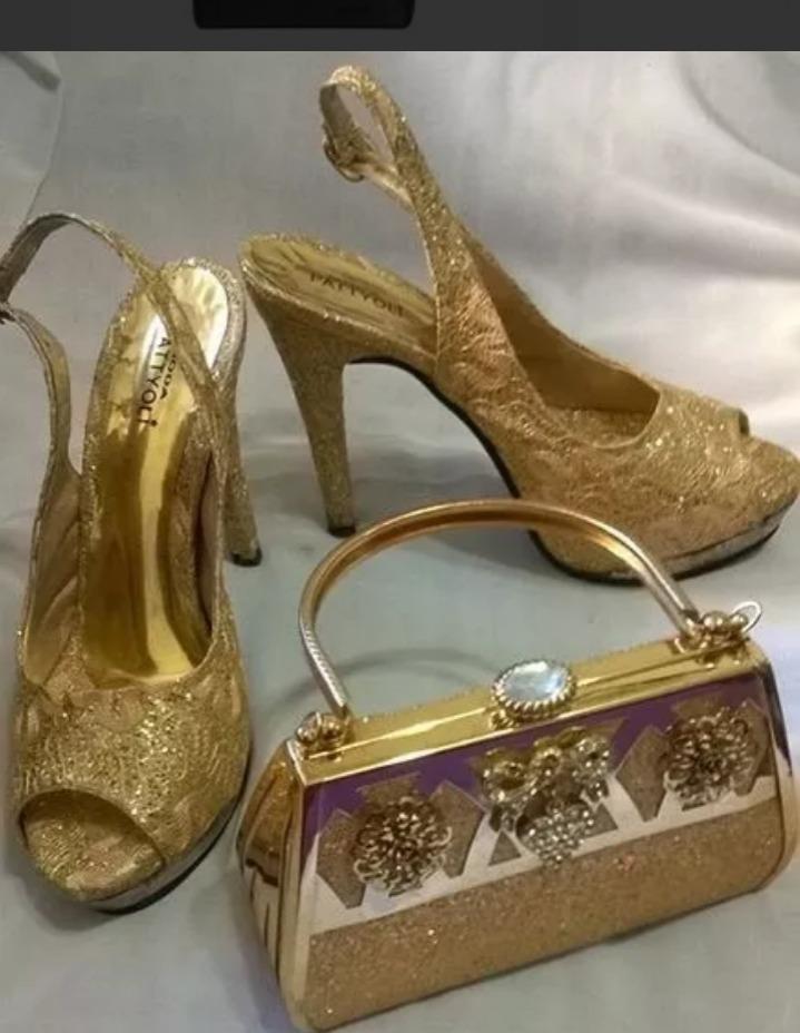 7d75e6572aa cartera zapatos de fiesta . dorados casi nuevos importado. Cargando zoom.