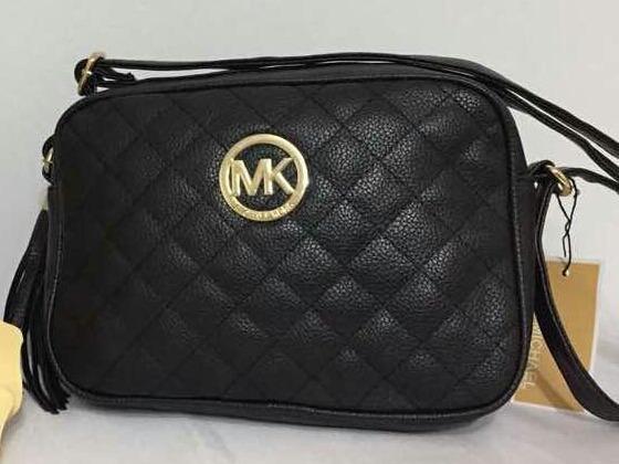 269ac5658 Carteras Bandoleros Mk, Gucci Ventas Al Mayor Y Detal - Bs. 139,01 en  Mercado Libre