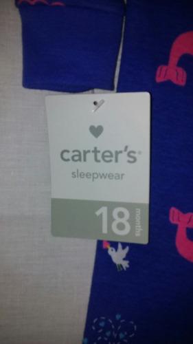 carters.pijamas en talla 12 o 18 meses.