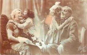 Resultado de imagem para Postais antigos  com avós