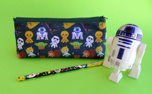 cartuchera triangular de star wars r2d2 c3po yoda darth vade