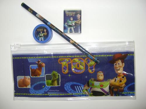 cartucheras de toy story !