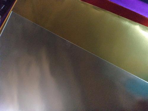 cartulina metalizada dorada, azul, rojo, fucsia
