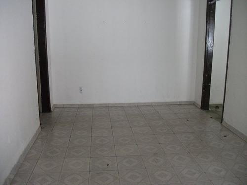 casa 01 quarto, 01 sala, 01 banheiro e 01 vaga. novo progresso. - 1240