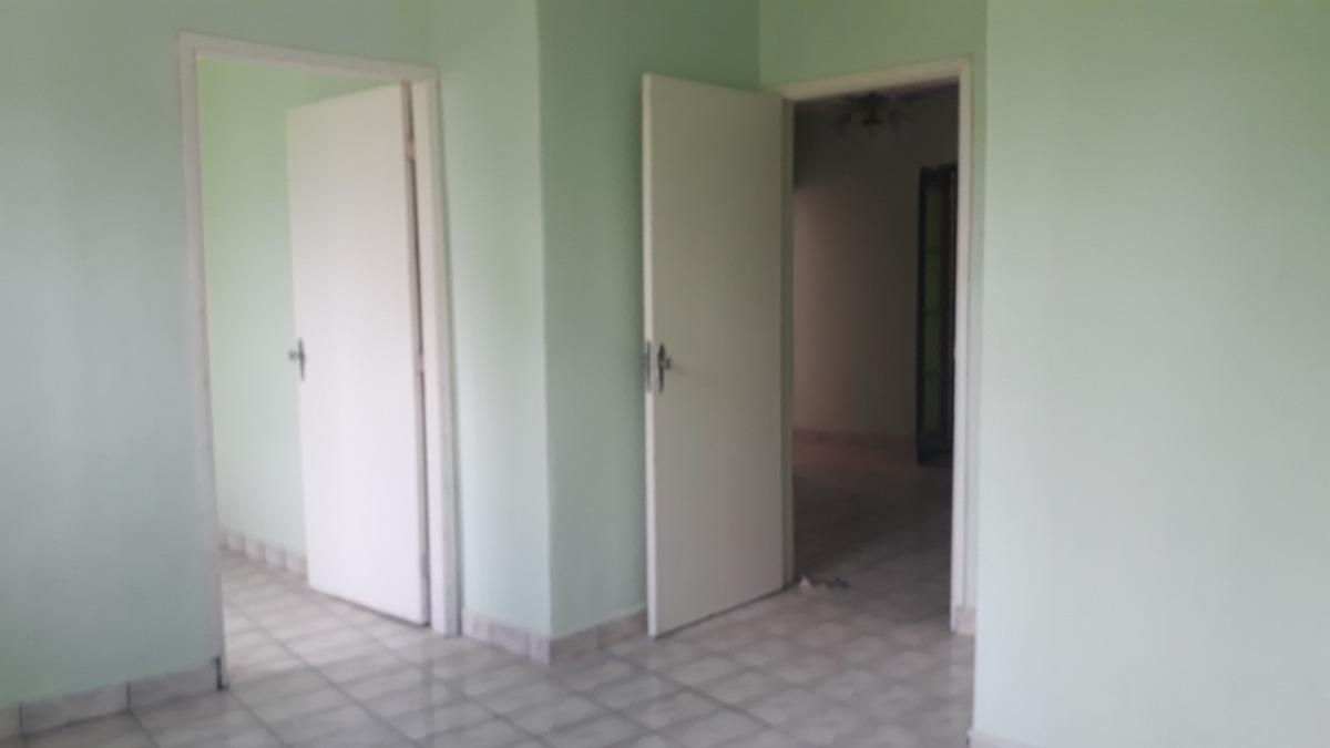 casa 02 dormitórios, 150 metros do mar em mongaguá (1651)