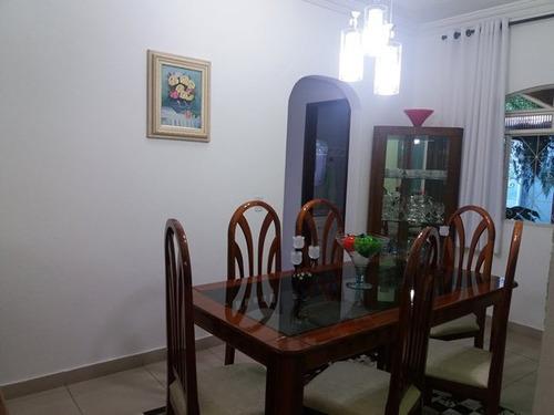 casa 02 quartos 01 suite, copa, area churrasqueira - 1154