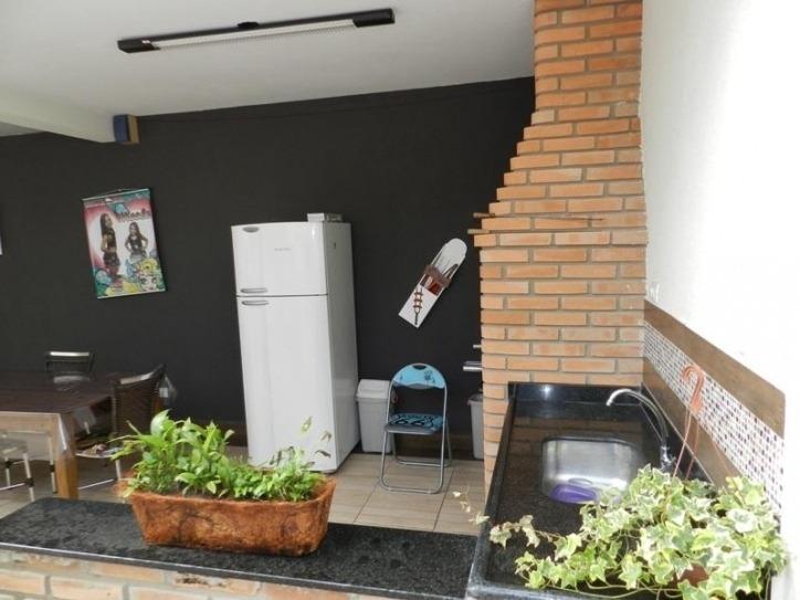 casa 03 dormitórios com uma suíte jardim celani salto sp  - c-023