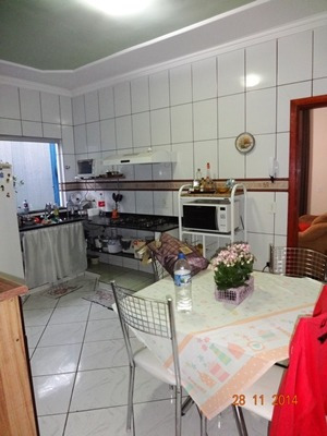 casa 03 qtos, suíte, 03 vagas, churrasqueira, lote 180m², financia. - 746