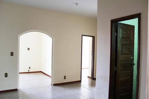 casa 03 quartos, 02 suítes, 02 vagas, habite-se - sagrada família - 2654