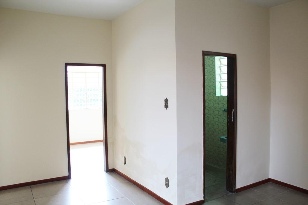 casa 03 quartos, habite-se - sagrada família - pr2654