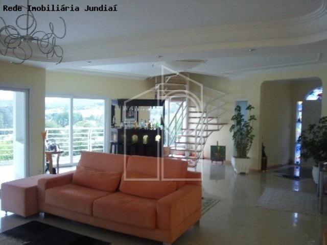casa 04 dormitórios 03 suítes closet, com a/e, sala de cinema completa com ar condicionado, wc social, lavabo, dorm empregada, living para 3 ambs, com lareira, terraço, cozinha kit - ca01758 - 2246235