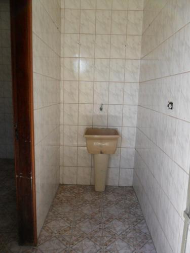 casa 1 qto, sala, coz, gar.  etc. bom local r$ 160.mil