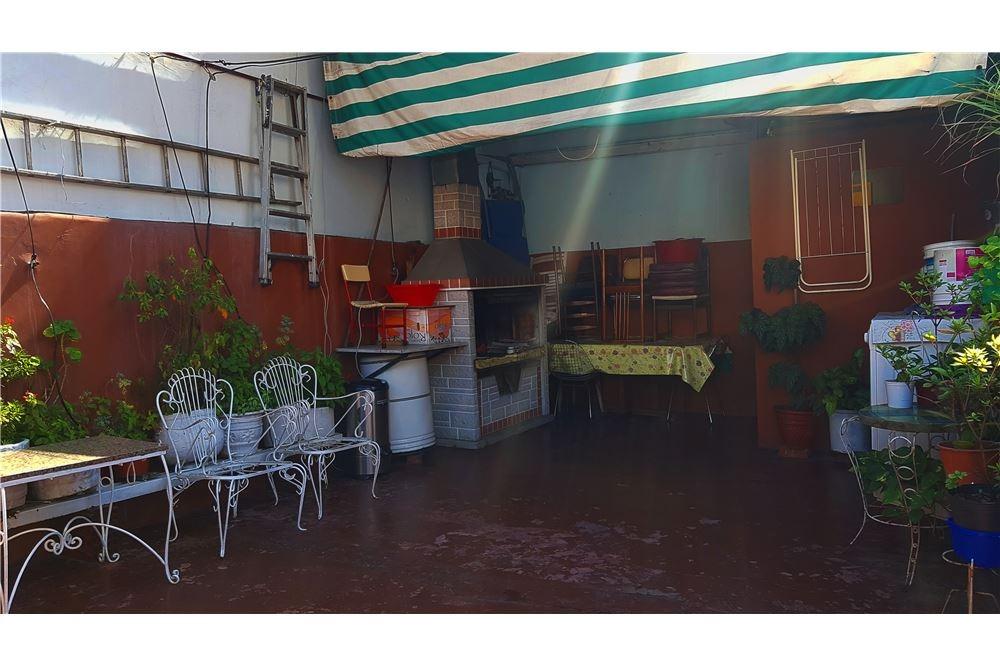 casa 10 amb cochera-parrilla-terraza permuta