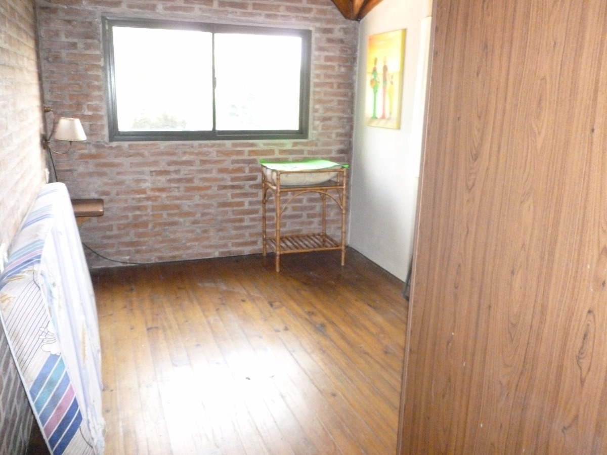 casa 10 bis e/ 505 y 506 (venta)