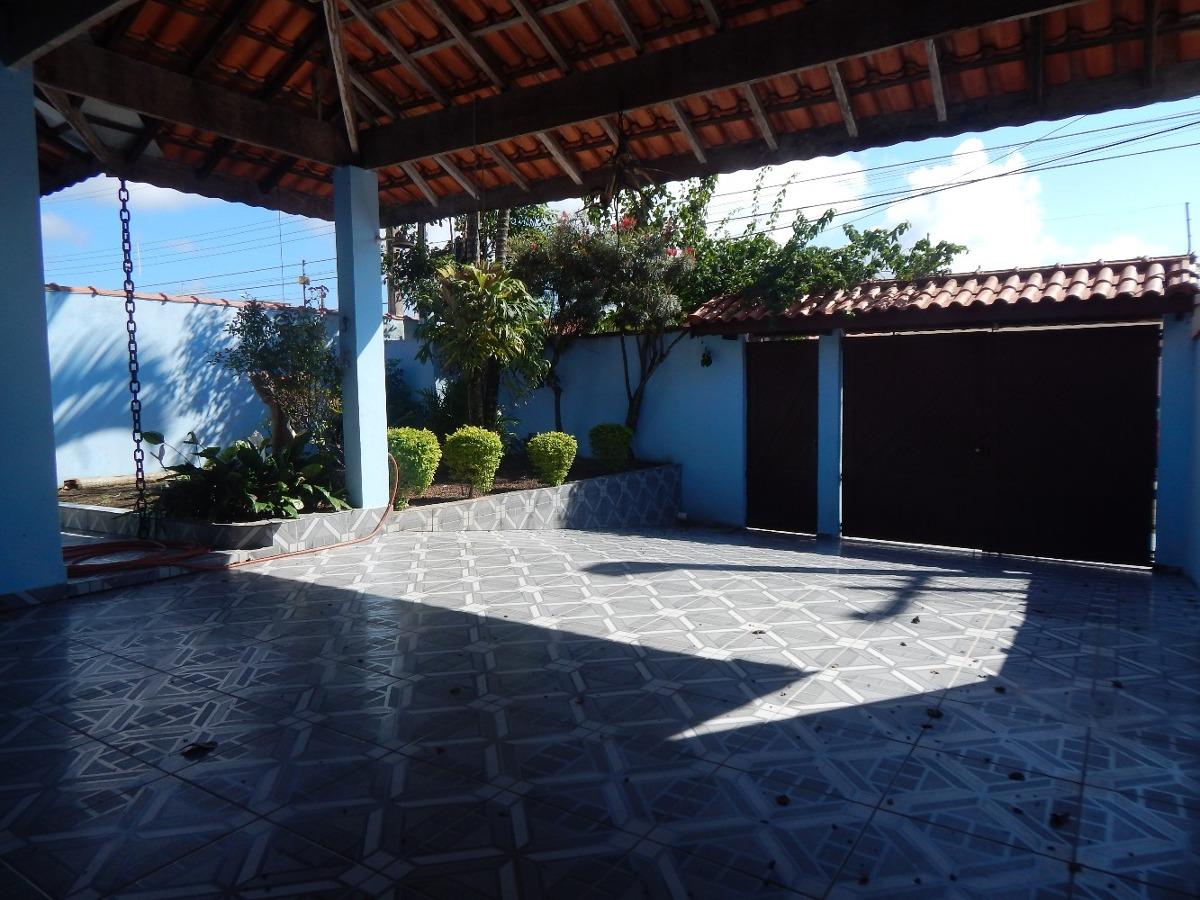 casa à 100 metros do mar a venda na praia de peruíbe