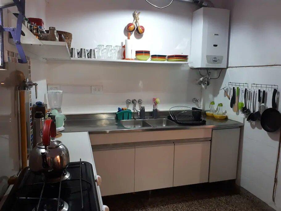 casa 110m2 - 4 ambientes y patio - centro - alq. temporario