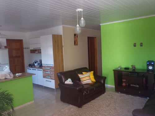 casa / 115 m² a/c / próximo de escolas comércios e outros