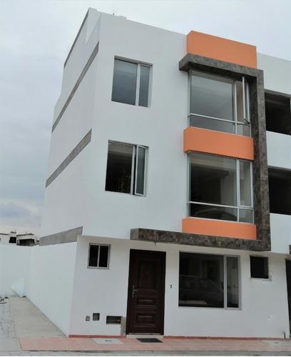 casa 120 m2 de construcción,mas 70m2 construcción abierta