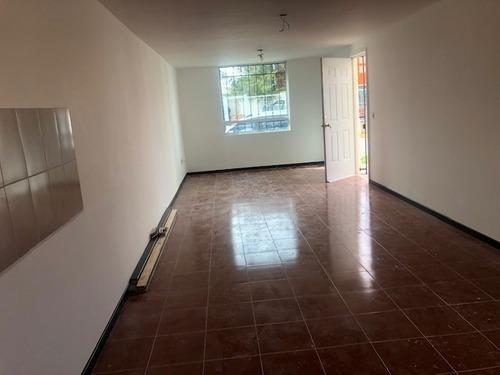 casa 120 m2 de terreno, 3 recamaras, esquina