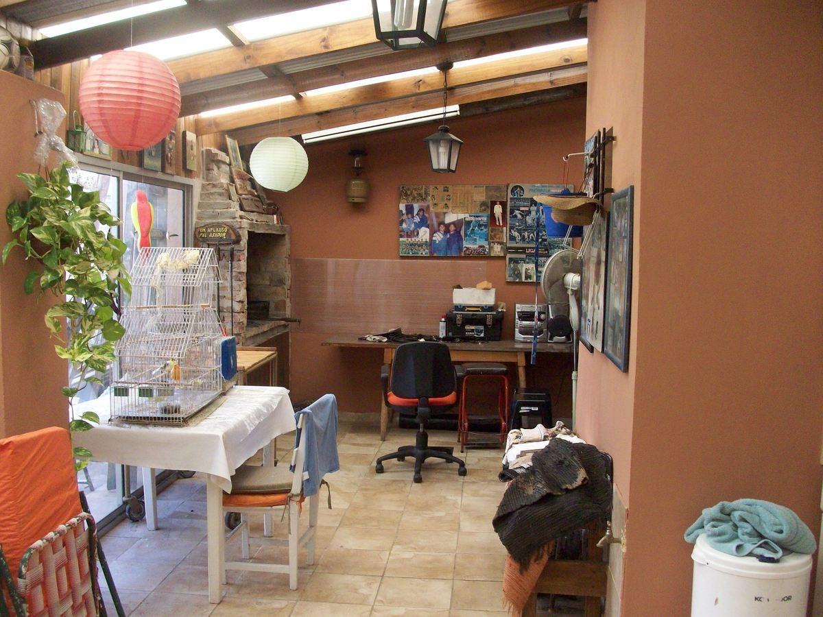 casa 2 ambientes con patio y parrilla san miguel