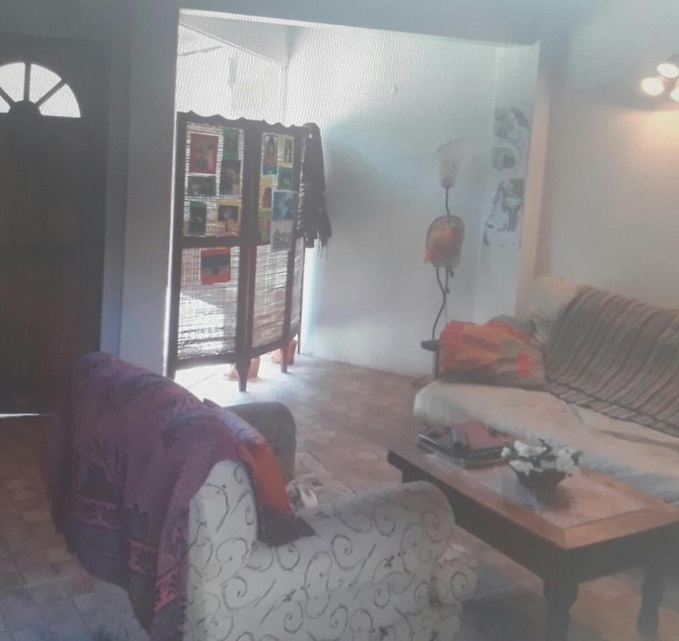 casa 2 ambientes en condominio - ituzaingó