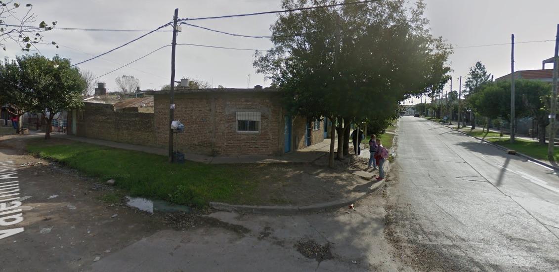 casa 2 ambientes en venta en zona del jagüel