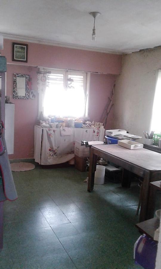 casa 2 dorm , lote 10 x 30 y quincho amplio -apta banco  - villa elvira