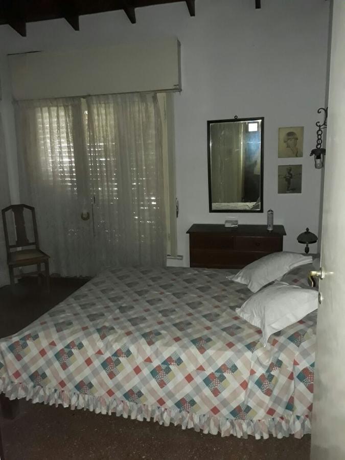 casa 2 dorm y pileta .apta banco - punta lara