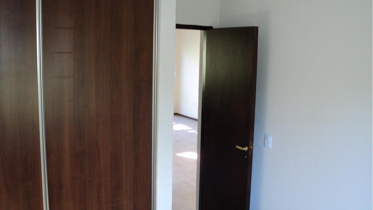 casa 2 dormitorio c/ pileta venta (roldan) bajamos precio