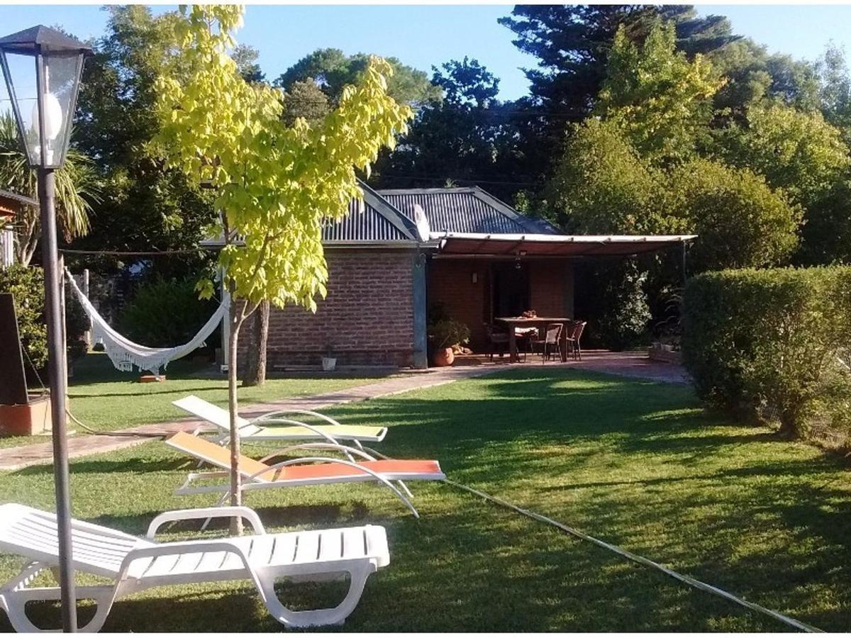 casa 2 dormitorios, 2 baños y piscina -lote de 1,512 mts 2-cancha de padel- city bell