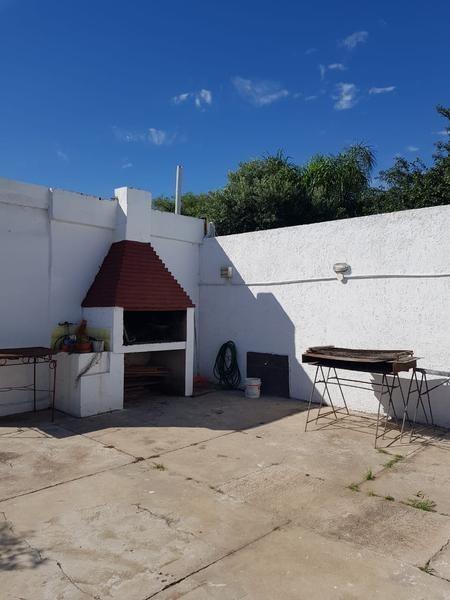 casa - 2 dormitorios barrio ferreyra