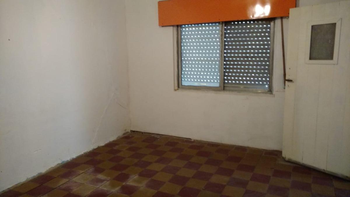 casa 2 dormitorios barrio sarmiento