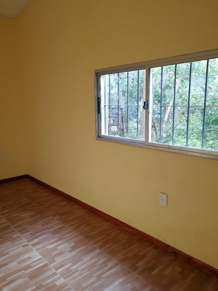 casa 2 dormitorios con amplio terreno!