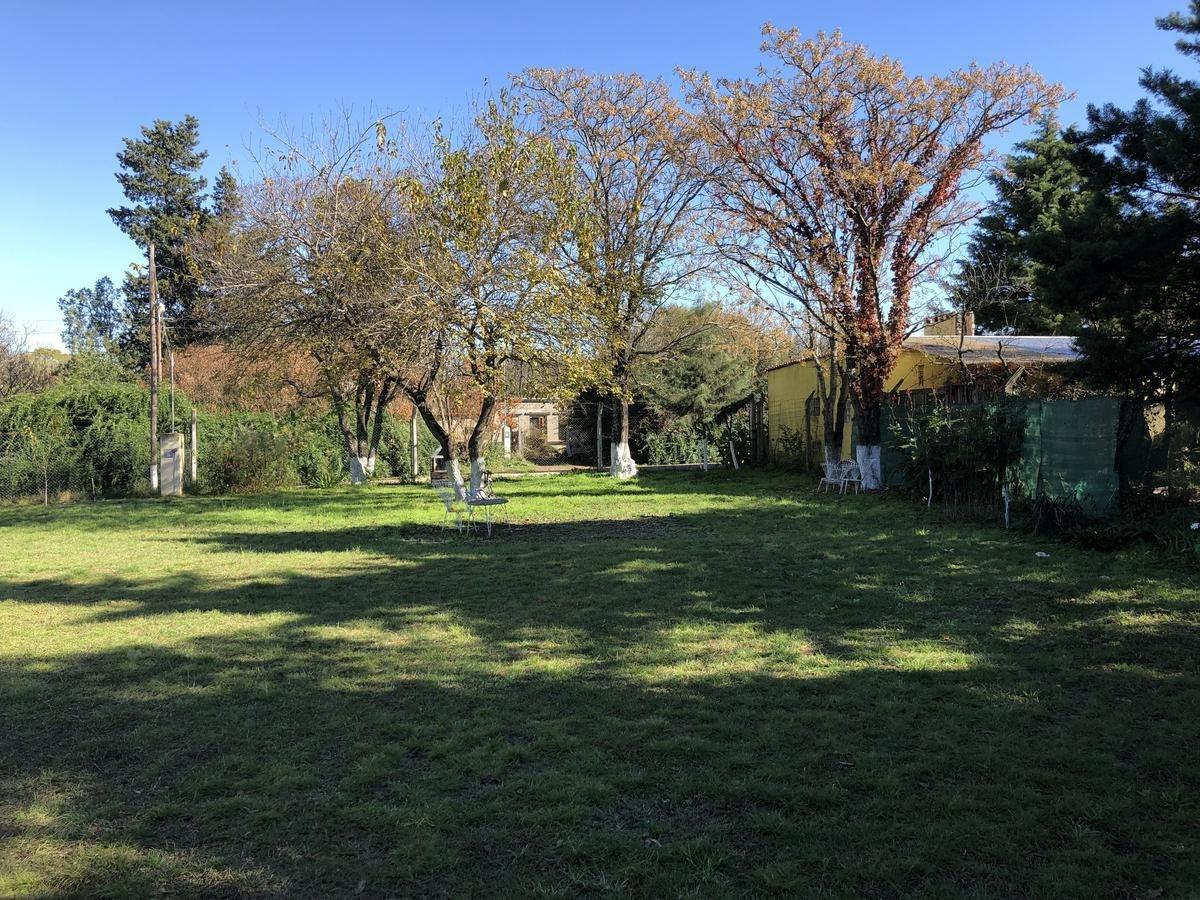 casa 2 dormitorios con gran terreno en venta en anisacate córdoba