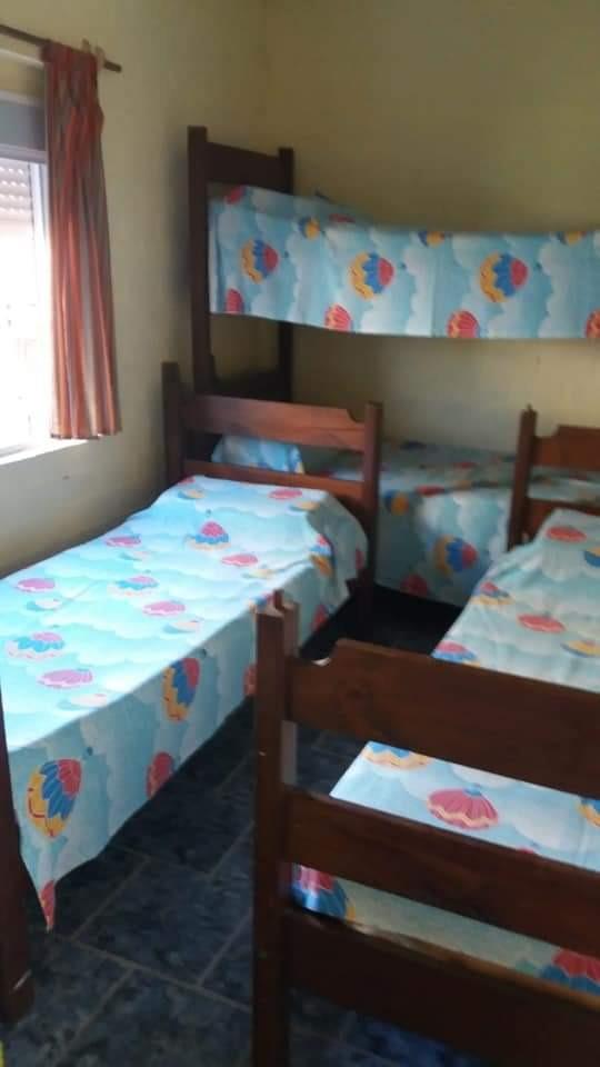 casa 2 dormitorios con parrillero