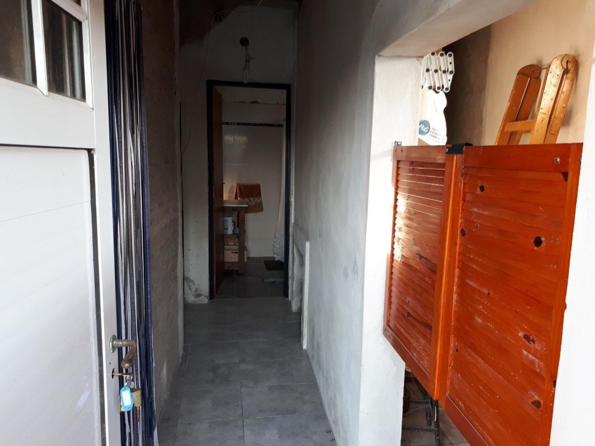 casa 2 dormitorios con pileta. oportunidad