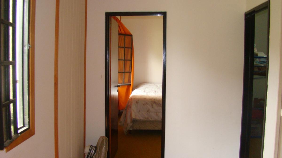 casa 2 dormitorios con pileta y galpón. oportunidad
