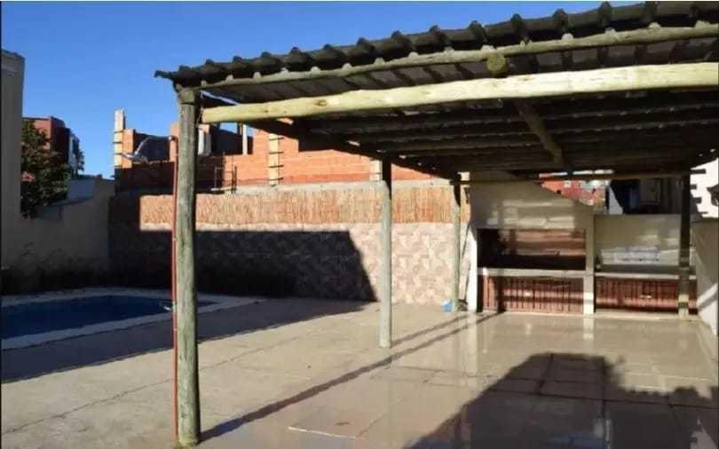 casa 2 dormitorios en complejo cerrado con piscina. maldonad