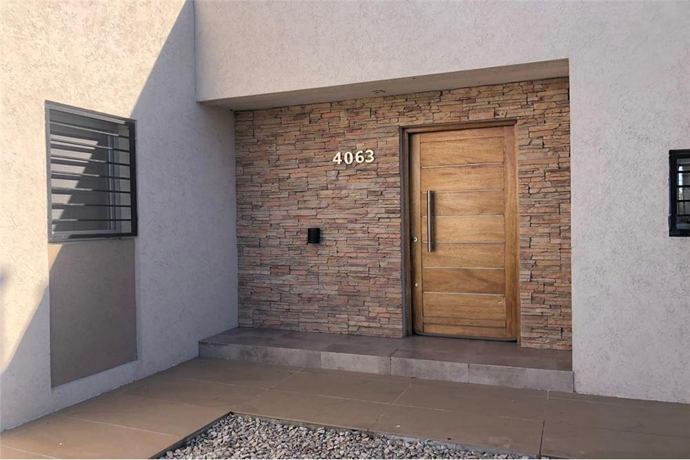 casa 2 dormitorios en venta la plata