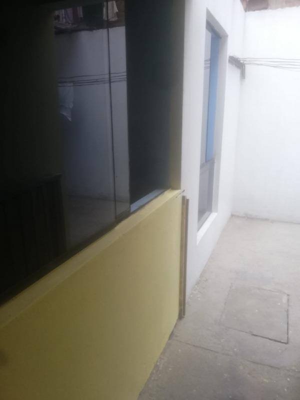 casa 2 dormitorios un baño sala lavanderia