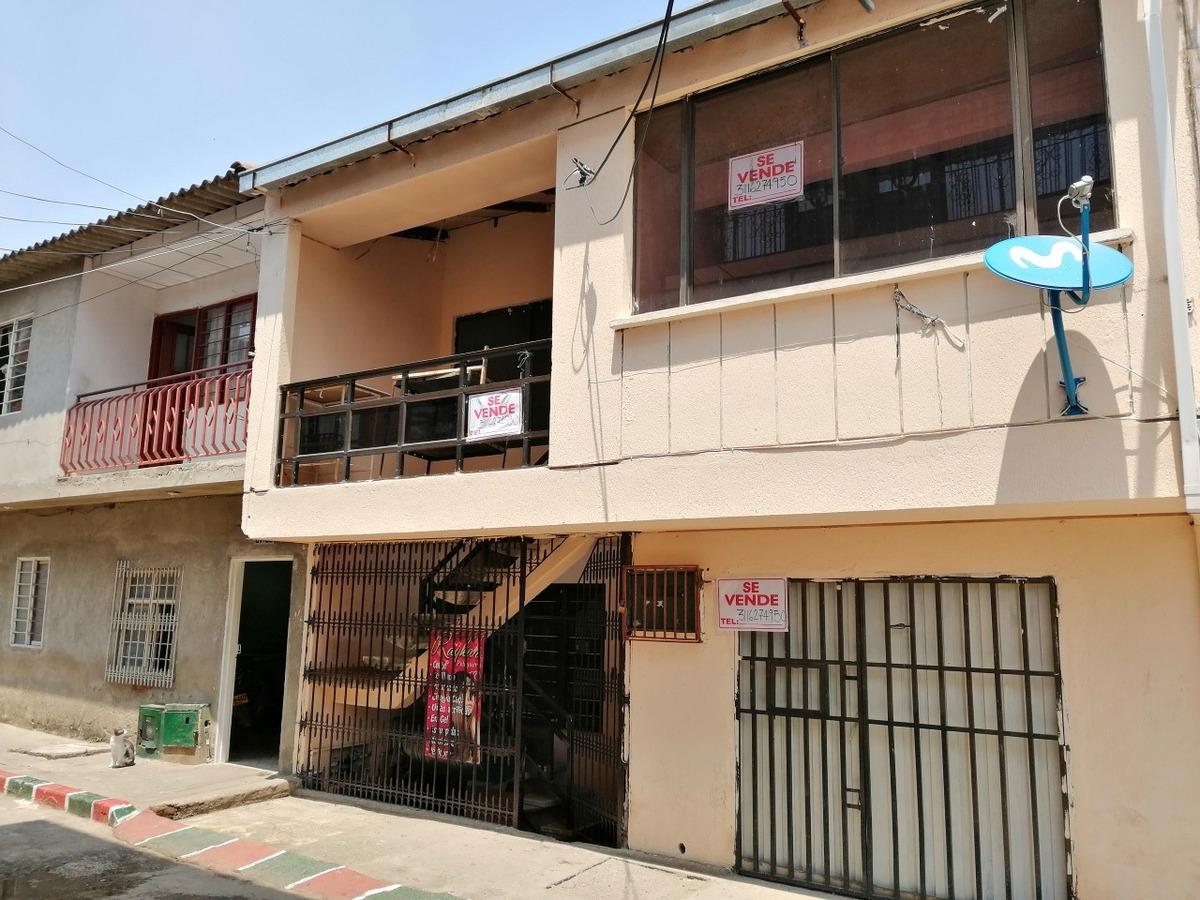 casa 2 pisos, 7hab, 2 cocina, 2baño, sala,c/p