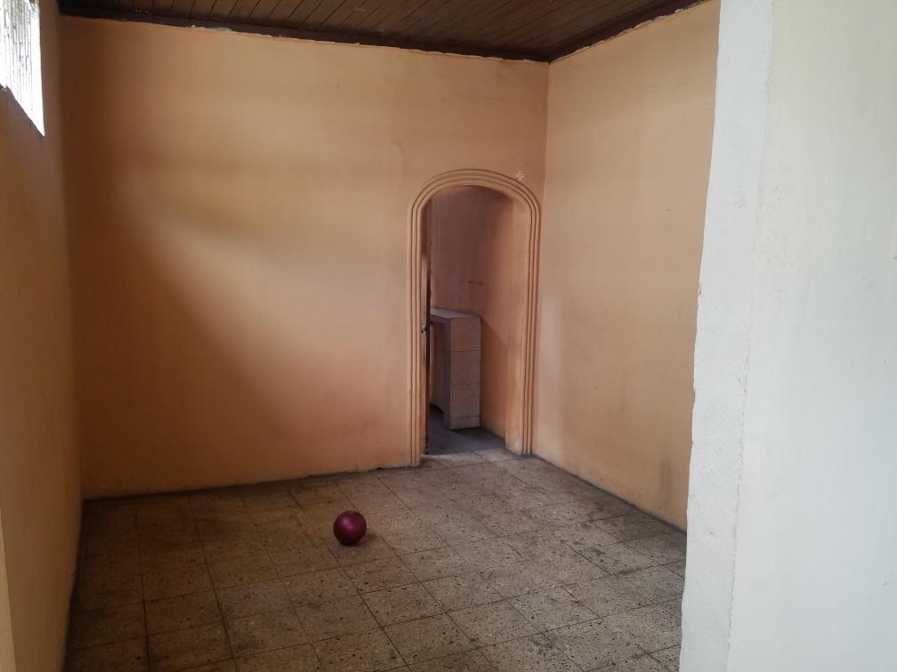 casa 2 pisos centro de guayaquil con local comercial