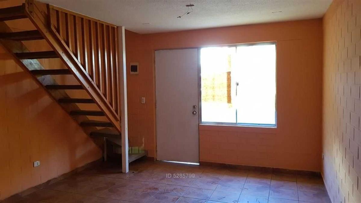 casa 2 pisos en conjunto habitacional ed