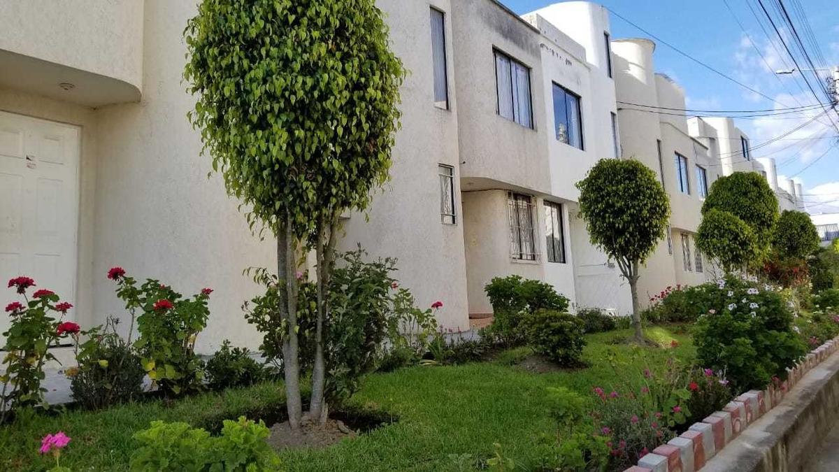 casa 2 pisos, terraza y 1 parqueadero, 97 m de construcción